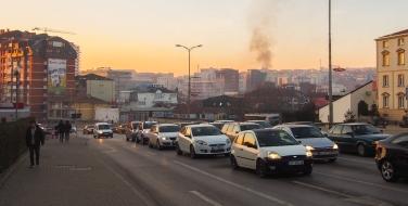 Pristina, de hoofdstad van Kosovo. Bron: F. Wolters, 2016. Bewerking: Kevin van Huët.