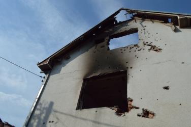 De ravage in Kumanovo na de gevechten op 9 en 10 mei 2015. Bron: Ian Bancroft, Flickr (cc).