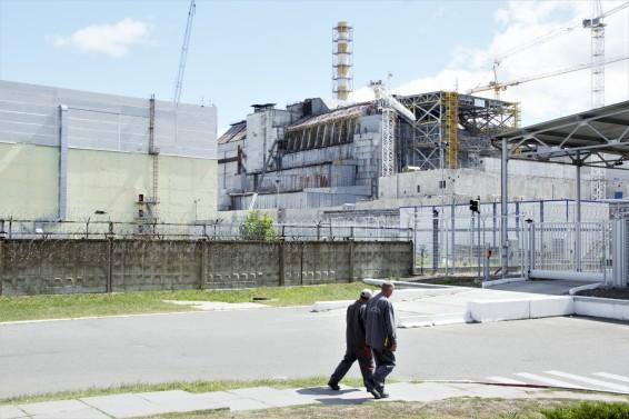 De ontplofte reactor 4 in 2016. Inmiddels is de reactor bedekt met een nieuwe sarcofaag die beter moet beschermen tegen stralingslekken in de toekomst. Foto: Kevin van Huët.